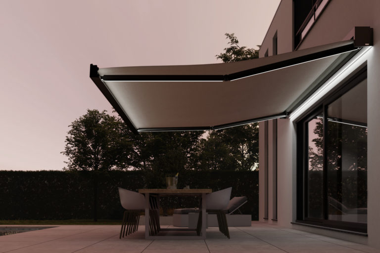 Lux_open_awning_open_led (1)